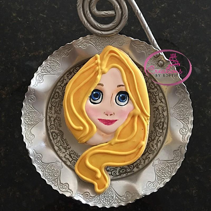 Rapunzel cookie