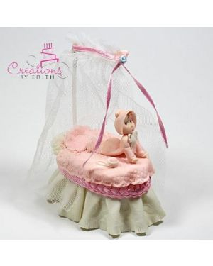 Bassinet with tulle